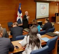 El INESDYC actualiza funcionarios y maestrantes en Política Internacional y nueva Diplomacia