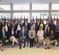 Maestrantes visitan Embajada Americana